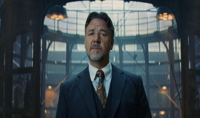 Via http://static.srcdn.comhttps://cdn.kincir.com/1/old/2016/12/Russell-Crowe-in-The-Mummy.jpg