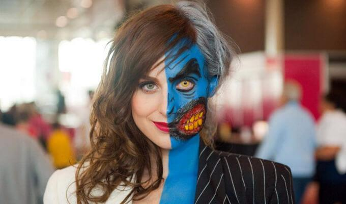 Via http://www.allthatsepic.com/cosplay/dc-comics-villains-week-meagan-maries-epic-two-face-cosplay/