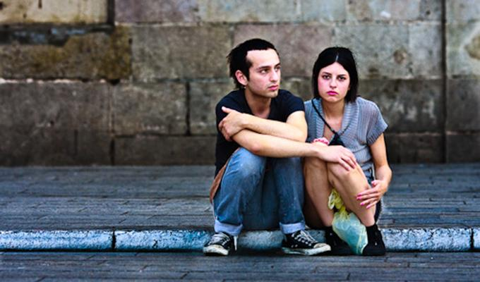 Via https://upload.wikimedia.org/wikipedia/commons/a/af/Unhappy_couple.jpg