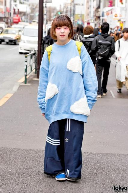 Via http://tokyofashion.com/oversized-sweatshirt-deconstructed-adidas-pants/