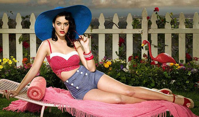 Via https://wallpaperclicker.com/storage/wallpaper/Hot-and-Sexy-Look-of-Katy-Perry-HD-Wallpapers-82843176.jpg