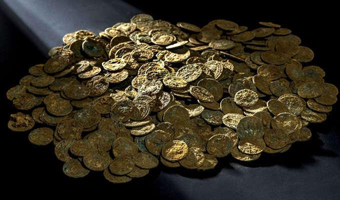 Via http://i2.cdn.cnn.com/cnnnext/dam/assets/151120135508-roman-coins-switzerland-super-169.jpg