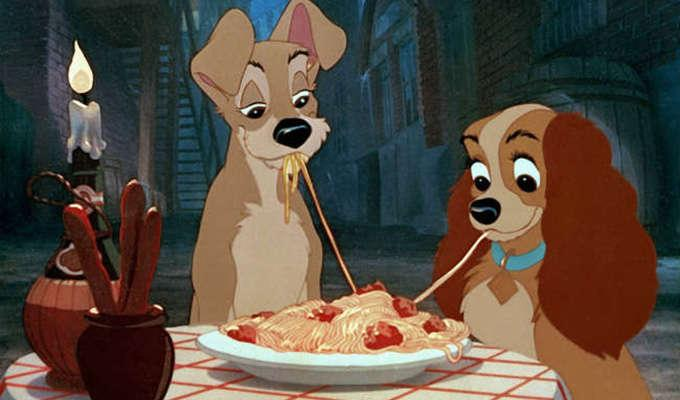 Via https://www.silverpetticoatreview.comhttps://cdn.kincir.com/1/old/2015/10/lady-and-the-tramp-featured.jpg