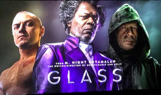 Via https://www.hollywoodreporter.com/heat-vision/glass-m-night-shyamalan-debuts-first-footage-at-cinemacon-1105786