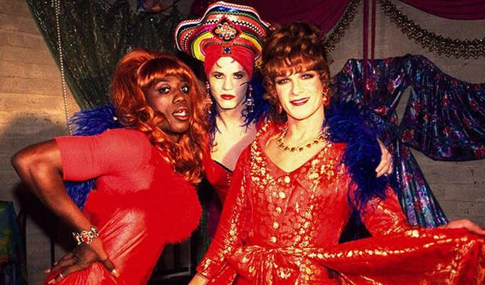 Via http://cdn.123movies.sc/upload/2017/04/movie_to-wong-foo-thanks-for-everything-julie-newmar-1995.jpg