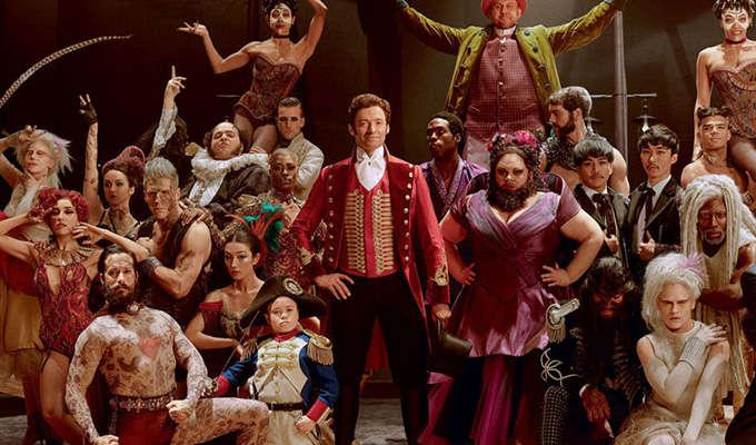 Via http://trueviewreviews.com/2014https://cdn.kincir.com/1/old/2017/12/gallery-1513337323-the-greatest-showman-cast-hugh-jackman.jpg