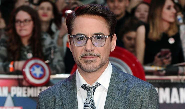 Via https://pmcvariety.files.wordpress.com/2015/12/robert-downey-jr.jpg?w=1000