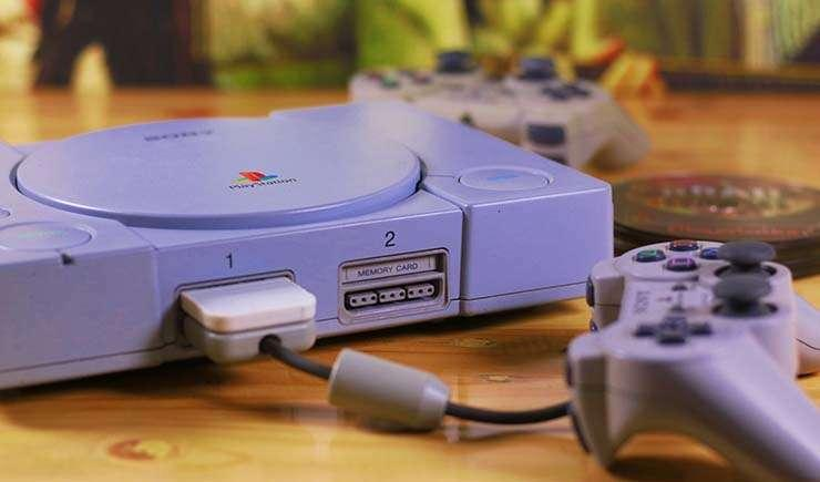 Via https://www.androidcentral.com/sites/androidcentral.com/files/styles/xlarge/public/article_images/2018/10/playstation-1-psx.jpg?itok=XCVCSJo7