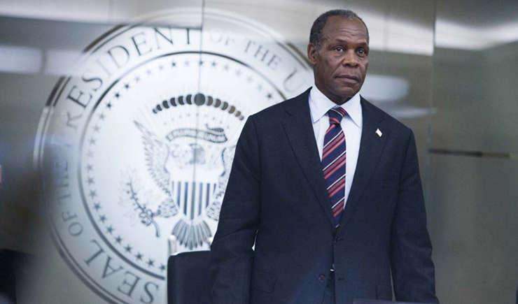 Via https://thoughtgallery.orghttps://cdn.kincir.com/1/old/2017/01/danny-glover-as-president-thomas-wilson-in-roland-emmerichs-2009-sci-fi-disaster-movie-2012.jpg