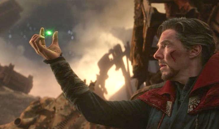 Via https://fsmedia.imgix.net/c6/ca/a9/d0/4d75/4b80/a0d1/988ee62e62a9/doctor-strange-reveals-the-time-stone-while-on-titan-during-avengers-infinity-war.png?rect=127%2C0%2C1251%2C626&auto=format%2Ccompress&dpr=2&w=650