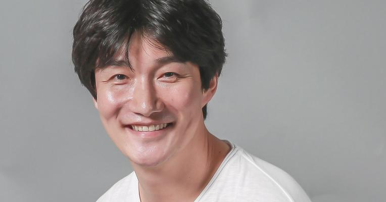 Heo Dong-woon.