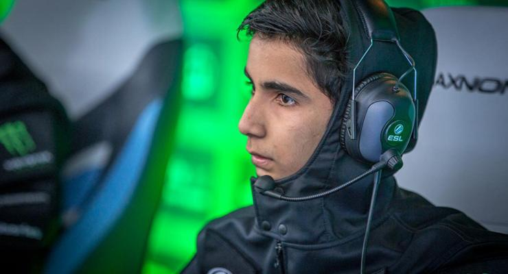 SumaiL, pro player
