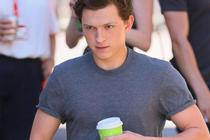 Tom Holland Mulai Syuting Spider-Man: Far from Home