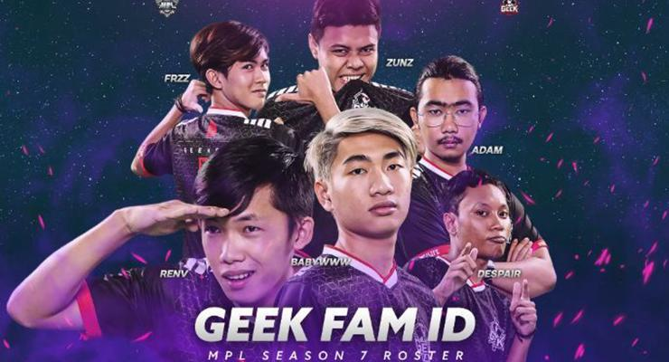 Geek Fam ID roster.