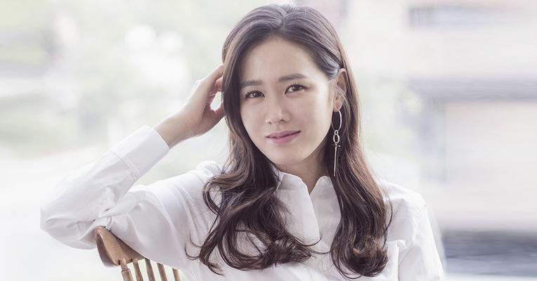 5 Drama Korea Son Ye-jin, Bintang Crash Landing on You